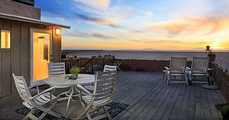 3561 Ocean Drive, Hollywood Beach, CA 93035