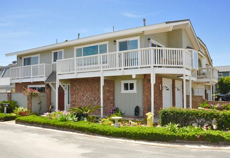 116 La Granada Street, Hollywood Beach, CA 93035