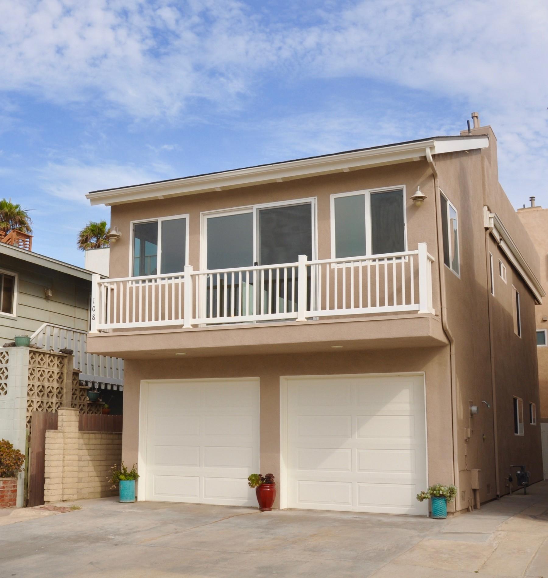 108 Los Robles Street, Oxnard, CA 93035