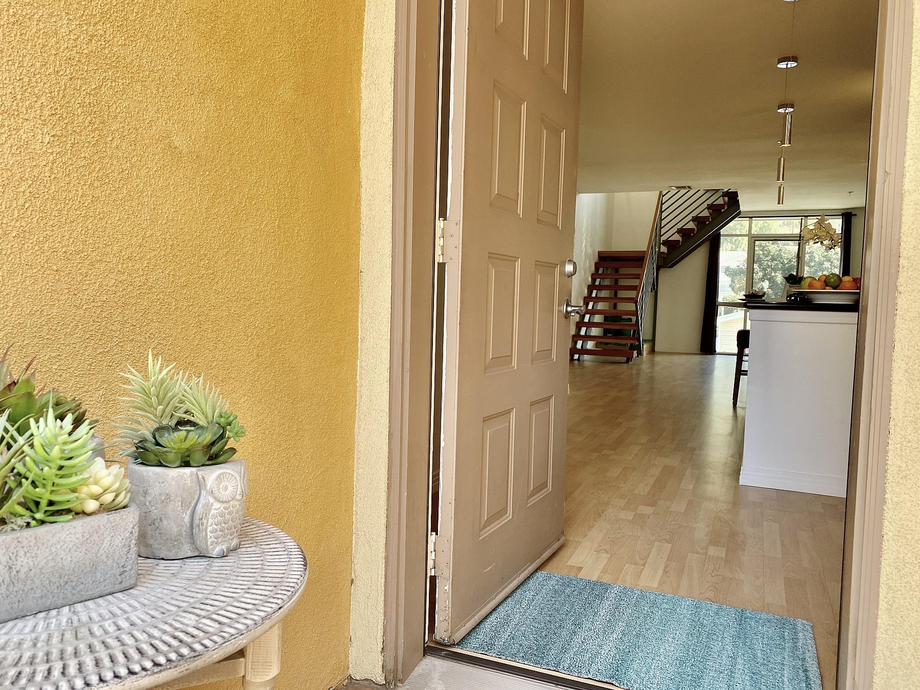 285 N. Ventura Ave, Unit 8, Ventura, CA 93001
