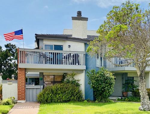4514 La Brea Street, Hollywood Beach, CA 93035